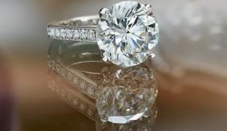De Beers – The world's largest diamond brand company
